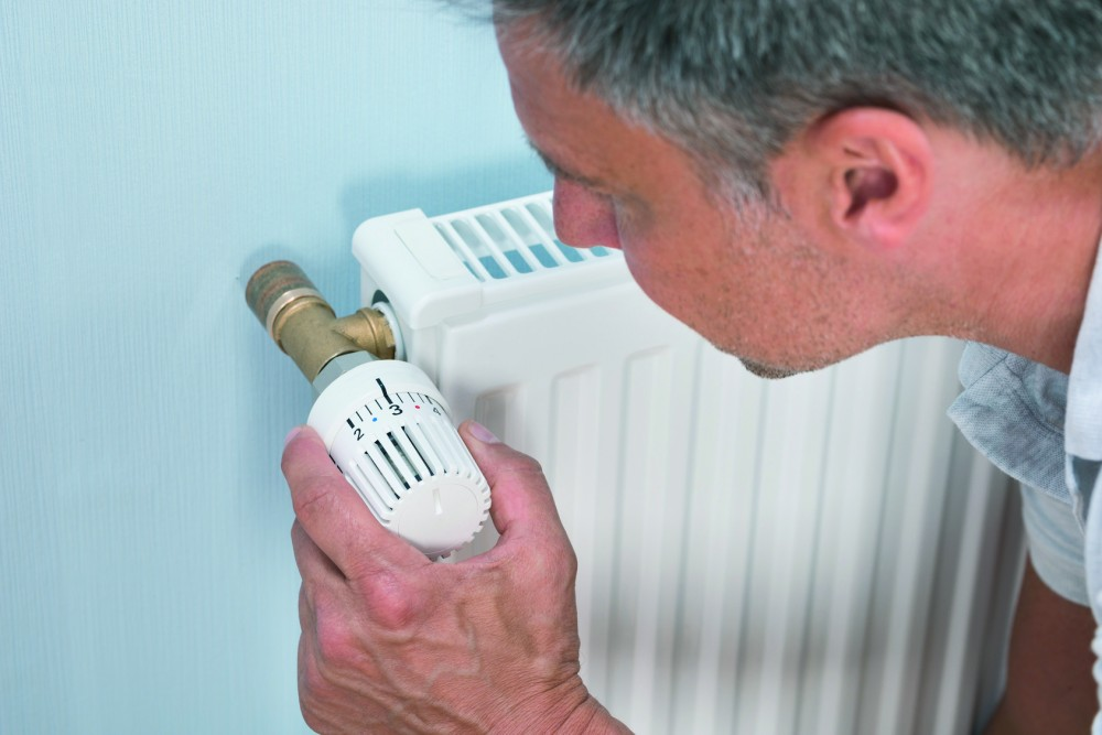 Loont het de moeite om naast mijn kamerthermostaat ook thermostaatkranen te installeren?